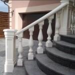 Радиальные бетонные перила - лестница в частном доме