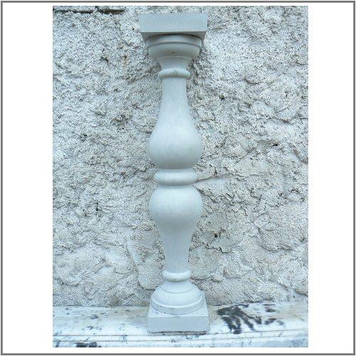 Балясина с тремя кольцами из бетона